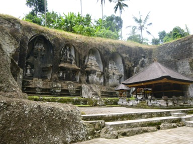 These carved statues are what Gunung Kawi is especially famous for.