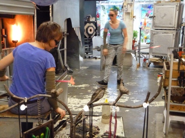 There was a really cool glass-blowing workshop on one of the side streets where you could watch them work.